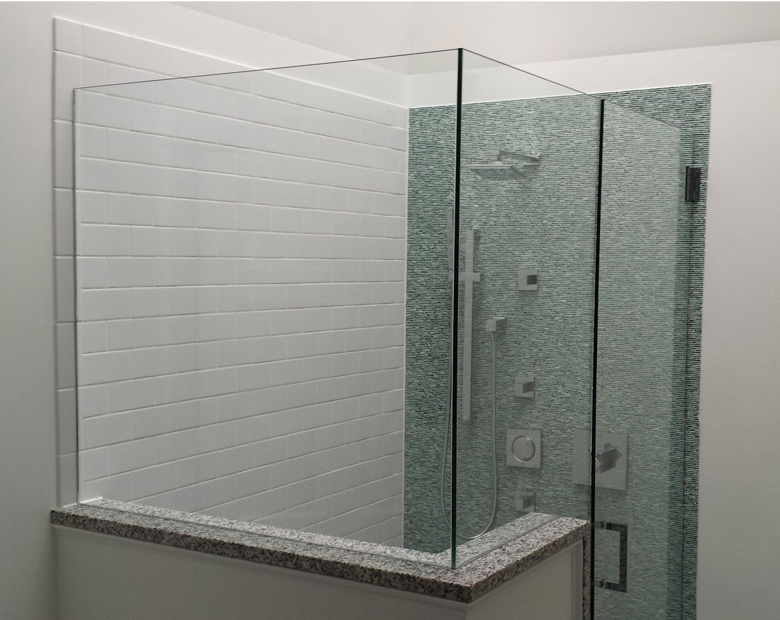 Frameless glass shower stall