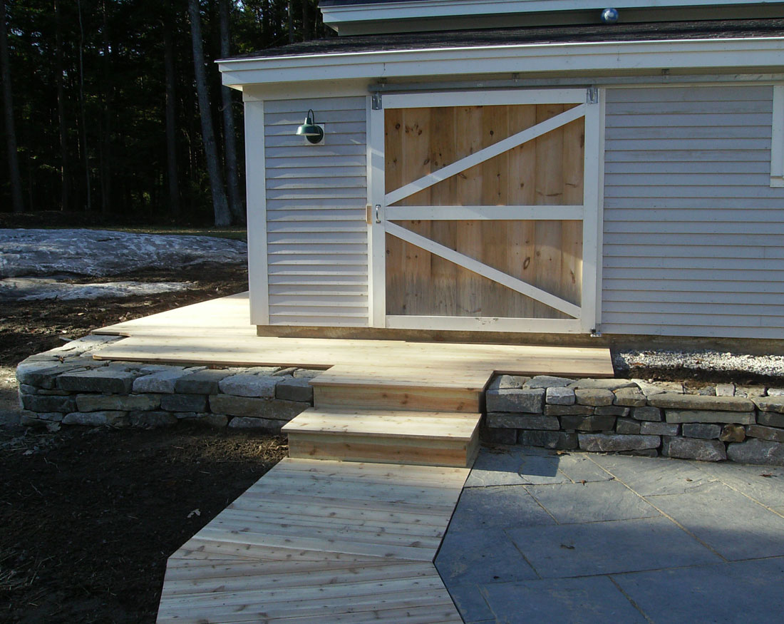 Shed with wood walkway